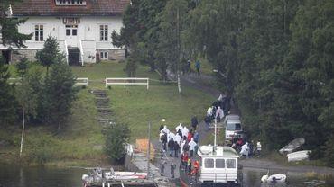 Selon une rescapée, Anders B. Breivik poussait des cris de joie en abattant ses victimes sur l'île d'Utoeya