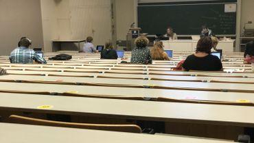 Le Louvain Learning Lab a proposé des formations aux professeurs de l'université, afin de les familiariser aux nouveaux outils informatiques qu'ils seront amenés à utiliser.