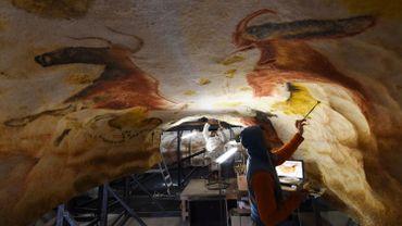 Lascaux 4 a pour vocation de mettre en valeur et d'expliquer la richesse de l'art pariétal à partir des représentations peintes et gravées situées dans la grotte de Lascaux