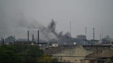 Les fumées industrielles s'élèvent le 31 mai 2018 des cheminées de Kanpur (Inde), classée par l'OMS comme la ville la plus polluée du monde