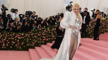 La chanteuse et compositrice américaine Gwen Stefani à son arrivée au Gala du Met au Metropolitan Museum of Art le 6 mai 2019 à New York.