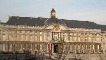 Trois individus, dont deux mineurs, arrêtés pour un braquage à Waremme (photo: Palais de Justice de Liège)