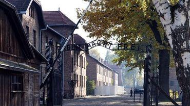 L'entrée du camp nazi d'Auschwitz (Pologne)