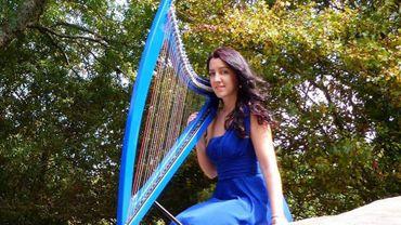 Une Bretonne reprend les plus grands tubes de rock à la harpe