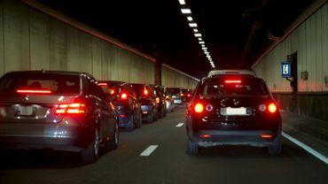 Bruxelles: le tunnel et la rue Belliard saturés après un accident
