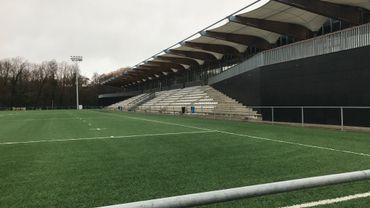 Les tribunes désertes du nouveau stade de rugby Nelson Mandela, à Neder-Over-Heembeek (Ville de Bruxelles).