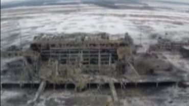 L'aéroport de Donetsk dans l'Est de l'Ukraine complètement détruit