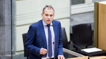 Le ministre flamand du budget est « choqué » par les protestations du secteur culturel