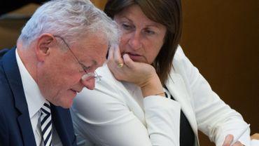 """1 an après le """"Stop"""" de Galant au RER wallon, son successeur, François Bellot, s'apprête à donner son feu vert à la reprise du chantier. Ce lundi, la Cour des Comptes rendra son """"rapport RER"""" dans ce dossier à rallonges"""