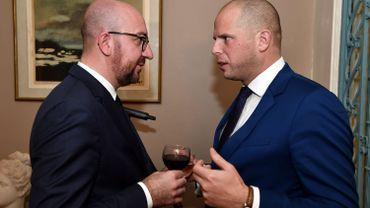 Michel et Francken sont-ils réellement sur la même longueur d'onde? Les parlementaires fédéraux voudraient s'en assurer.