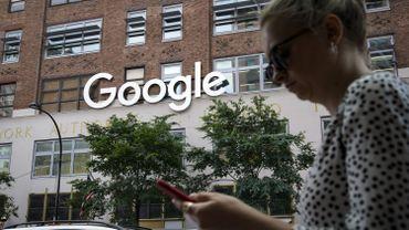 Google a reconnu mener une collaboration avec des experts en langues dans le monde pour améliorer sa technologie vocale