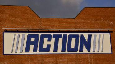 """Incendie dans le magasin """"Action"""" de Schaerbeek ce matin"""