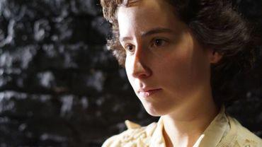Juliette Manneback dans le rôle d'Anne Frank