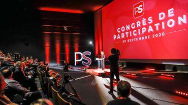 Le congrès PS approuve à l'unanimité la participation au nouveau gouvernement belge