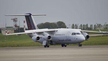"""Ces vols auront lieu le lundi, le mercredi, le vendredi et le samedi, a précisé Brussels Airlines dans un avis à sa clientèle en invoquant """"des raisons indépendantes de sa volonté""""."""