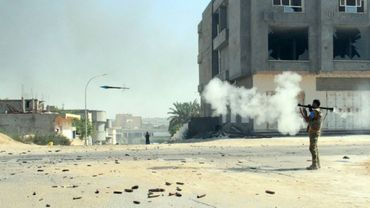 Un combattant des forces du gouvernement libyen d'union nationale (GNA) le 16 août 2016 à Syrte