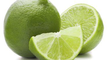 Un déodorant naturel à base de citron vert