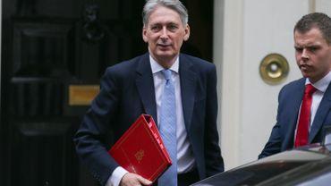 Brexit: selon Hammond, les Britanniques paient toujours leurs dettes