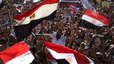 Des manifestants pro-Morsi, au Caire, le 8 juillet 2013