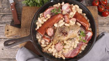 french cassoulet with bean and meats