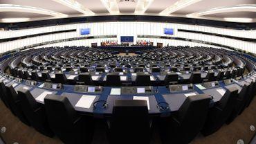 Européennes: le débat Marc Botenga (PTB) et Benoit Cassart (Défi)