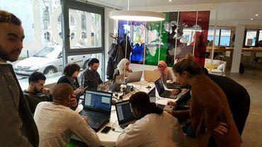 Crée à Molenbeek au début de 2016, le centre de coworking Molengeek travaille selon une méthode vraiment collaborative.