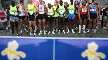Le Marathon de Bruxelles est une course de 42 kilomètres 195 mètres entre le Cinquantenaire et la Grand-Place.