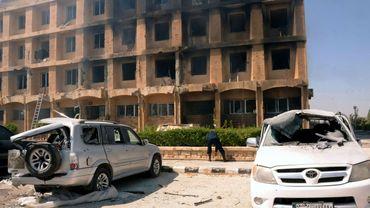 Des accrochages ont endommagé ce bâtiment à Alep