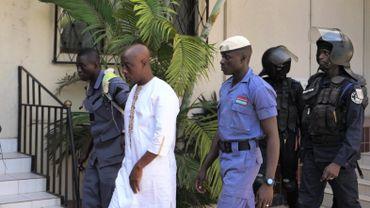 Yankouba Touray, ancien membre de la junte, est venu défier la Commission en refusant de s'exprimer. Cet affront a été suivi par son arrestation en direct à la télévision.