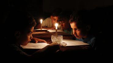 Israël commence à réduire les livraisons d'électricité à Gaza
