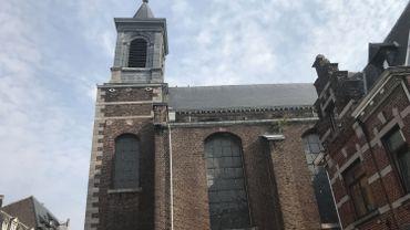 Les rendez-vous religieux, les seuls maintenus en Outremeuse pour cette fête de l'Assomption sont donnés à l'église Saint-Nicolas