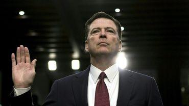 L'ancien directeur du FBI, James Comey, prête serment le 8 juin 2017 devant une commission du Sénat à Washington