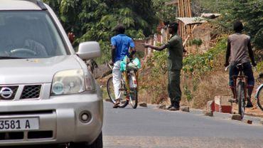 Burundi: un barrage routier à Bujumbura après l'assassinat d'un proche du président Pierre Nkurunziza dimanche
