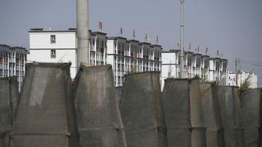 Photo d'un ensemble de bâtiments qui feraient partie d'un centre de rééducation où sont emprisonnés des Ouïghours à Hotan, dans la région du Xinjiang en Chine, le 31 mai 2019