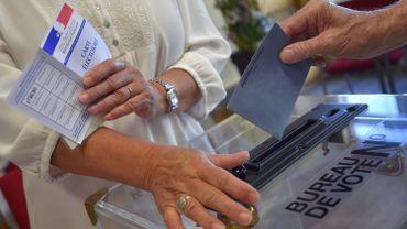 Elections législatives en France: les bureaux de vote sont ouverts pour le premier