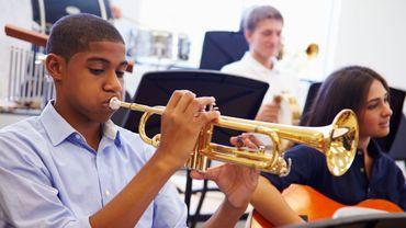 La musique permettrait d'améliorer ses notes en maths et en sciences