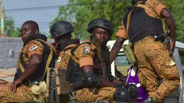 Des gendarmes burkinabè sur un pick-up, le 30 octobre 2018 à Ouhigouya (nord du Burkina Faso)