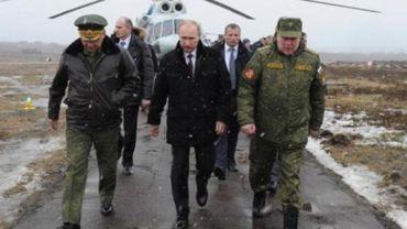 Poutine ordonne aux forces qui effectuaient des manoeuvres de rentrer dans leurs bases