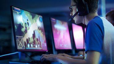 Les jeux actuels, avec leurs graphismes et leurs animations ultra sophistiqués et gourmands en puissance informatique, sont un gros défi pour les géants du jeu vidéo et de la technologie.