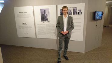 Kevin Versailles, commissaire de l'expo Bastin à la Bibliothèque Moretus-Plantin