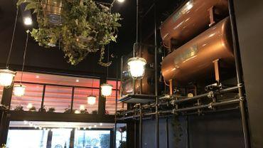 Des bars équipés de réservoir de 1000 litres de bière!