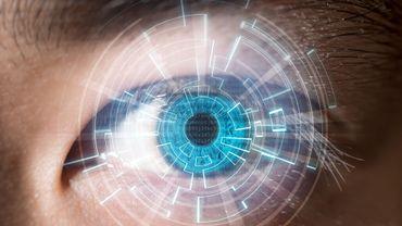Des lentilles de contact qui zooment votre vision
