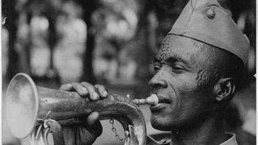 14 heures : La Force publique du Congo belge : une armée en noir et blanc