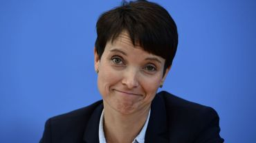 Allemagne: Frauke Petry renonce à la tête de liste de l'AfD aux élections législatives