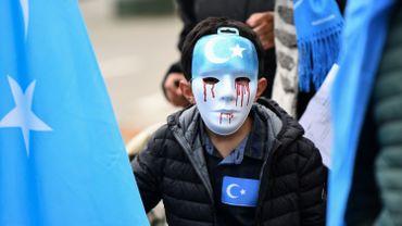 Comme en 2018, autour des institutions européennes, la communauté ouïghoure n'a de cesse de dénoncer les atteintes aux droits humains perpétrées par la Chine.