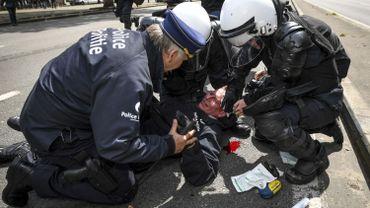 Agression du commissaire Vandersmissen: l'individu qui s'est rendu à la police sera cité à comparaitre