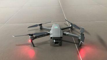 Un incubateur nivellois propose à Infrabel des drones autonomes pour lutter contre le vol de câbles de cuivre. Un des enjeux, si le projet est accepté et retenu lors d'un possible appel d'offres, sera de garder une longueur d'avance sur les méthodes de brouillage du signal GPS que risquent d'utiliser les voleurs.