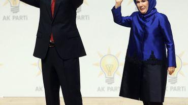 Emine Erdogan semble remplir son rôle de Première dame à 100%.