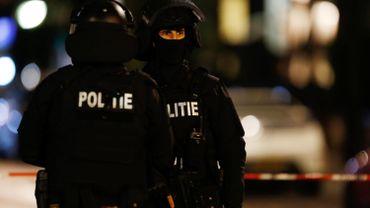 Des policiers à Rotterdam