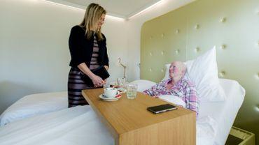 Une visite royale de patientes atteintes du cancer du sein aux Pays-Bas